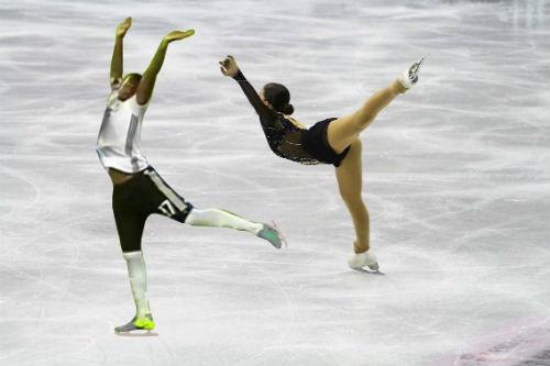 Nhảy ballet trước Ý, Boateng thành SAO internet - 4