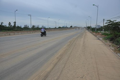 Bê tông cốt xốp ở cầu vượt đường sắt Hà Nội - 1