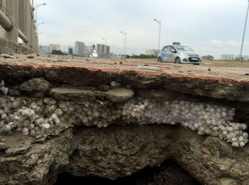 Bê tông cốt xốp ở cầu vượt đường sắt Hà Nội - 3