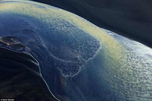 Vẻ đẹp ma mị của thiên nhiên Iceland nhìn từ trên cao - 4