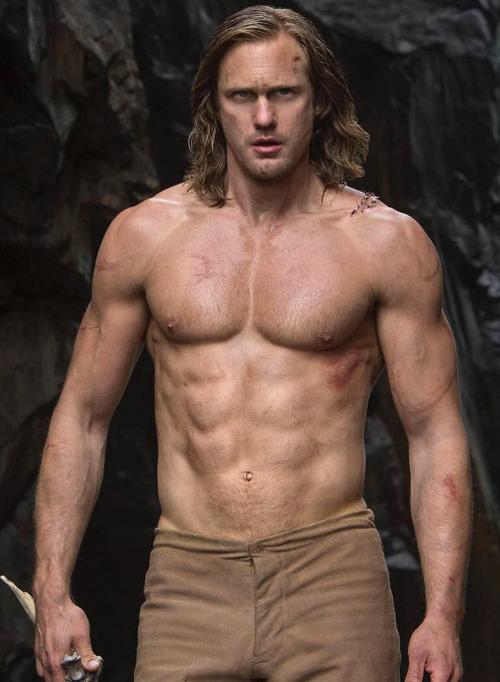 """Mỹ nam """"Tarzan"""" bị khui lại cảnh nhạy cảm trên sóng HBO - 1"""