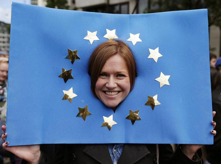 50.000 người rầm rộ biểu tình kêu gọi Anh ở lại EU - 3
