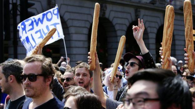 50.000 người rầm rộ biểu tình kêu gọi Anh ở lại EU - 5