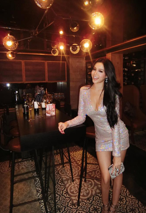 Huyền Baby, Elly Trần xinh đẹp hơn sau khi làm mẹ - 5