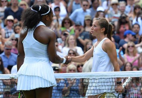 Wimbledon ngày 7: Tsonga, Isner và trận đấu dài nhất giải - 5