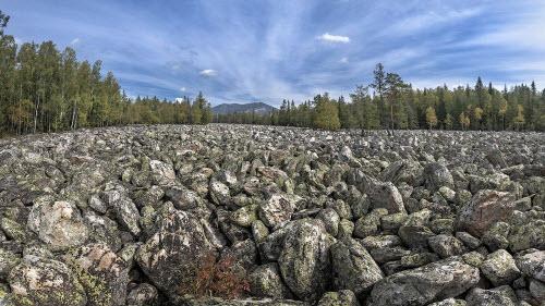 Khám phá dòng sông đá kỳ lạ ở Nga - 1