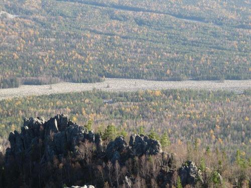 Khám phá dòng sông đá kỳ lạ ở Nga - 3