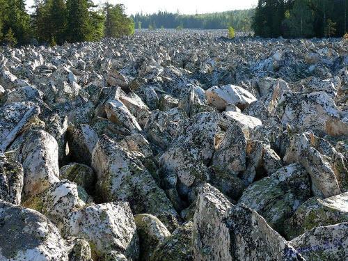 Khám phá dòng sông đá kỳ lạ ở Nga - 4
