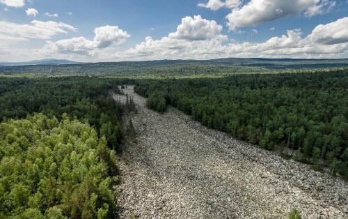 Khám phá dòng sông đá kỳ lạ ở Nga - 5