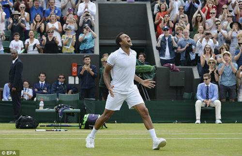 Wimbledon ngày 7: Tsonga, Isner và trận đấu dài nhất giải - 2