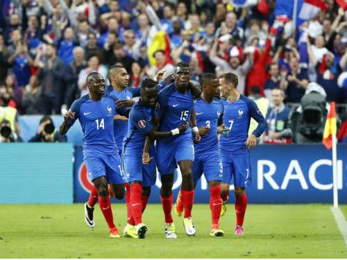 """Chiến thuật: Pháp chơi phủ đầu, Iceland rơi """"mặt nạ"""" - 1"""