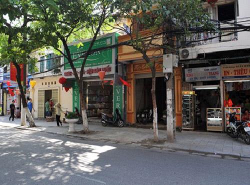 Nhộn nhịp thị trường mua bán và cho thuê nhà mặt phố Hà Nội - 1