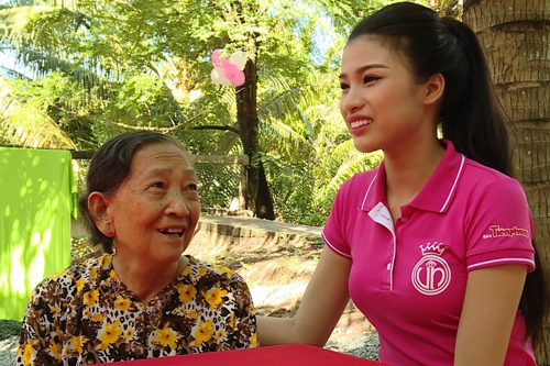 """Bản sao Nguyễn Thị Huyền """"đốn tim"""" Trấn Thành - 6"""
