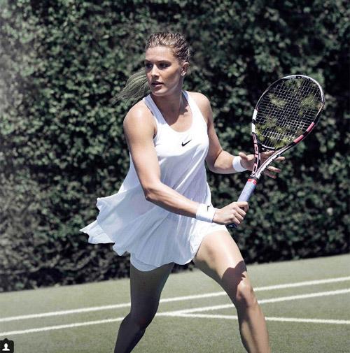 Kiểu nữ quần vợt ca ngợi mẫu váy hớ hênh ở Wimbledon - 2
