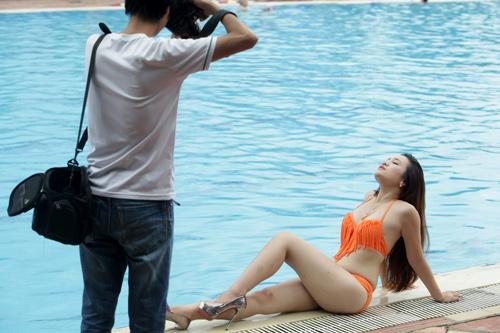 Hậu trường chụp bikini làm từ thiện gây xôn xao HN - 6