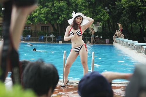 Hậu trường chụp bikini làm từ thiện gây xôn xao HN - 9