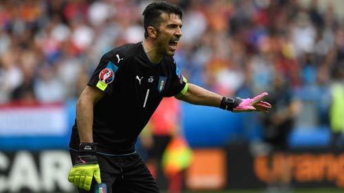 Tin nhanh Euro 4/7: Del Bosque chính thức chia tay TBN - 2