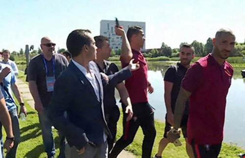 """Mối thù"" của Ronaldo - 1"