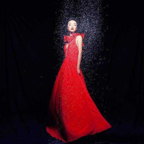 Em gái Trang Khiếu được so sánh với Châu Tấn - 6