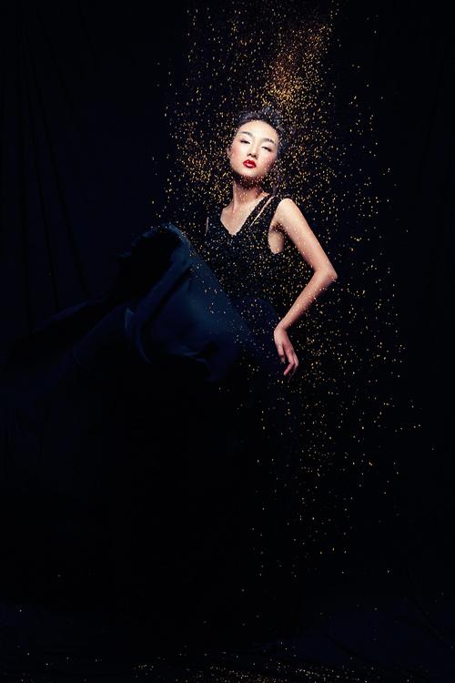 Em gái Trang Khiếu được so sánh với Châu Tấn - 8
