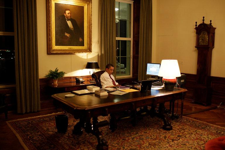"""Thói quen đặc biệt của """"cú đêm"""" Obama - 2"""