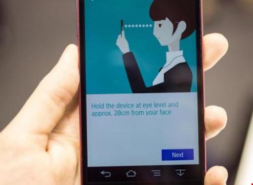 Điều khiển smartphone bằng mắt nhờ ứng dụng GazeCapture - 1