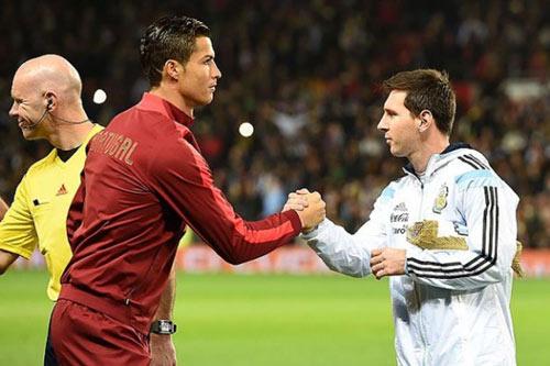 Ronaldo khuyên nhủ Messi quay về với ĐT Argentina - 1