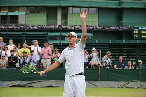 Wimbledon ngày 8: Chị em Serena vào tứ kết - 6