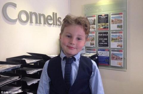 Cậu bé 9 tuổi làm nhân viên kinh doanh sau khi bỏ học - 4