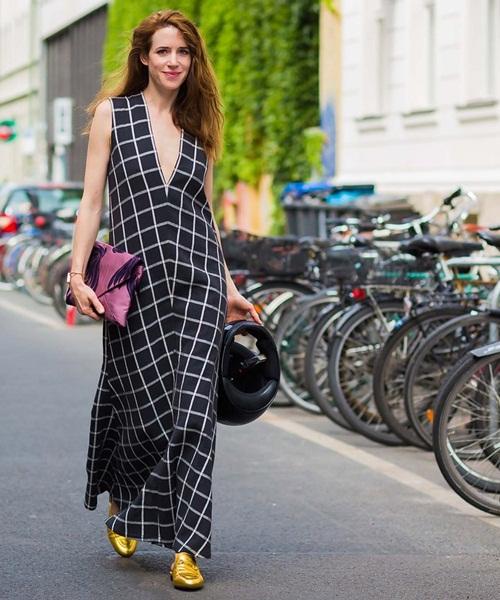 Các tín đồ Berlin mặc gì đi xem thời trang? - 5