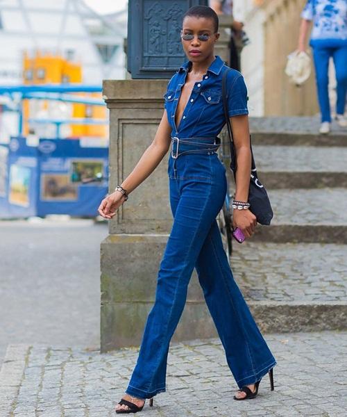 Các tín đồ Berlin mặc gì đi xem thời trang? - 14