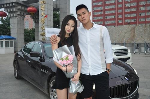 Thiếu gia TQ mang xe sang tỏ tình với nữ sinh viên - 1