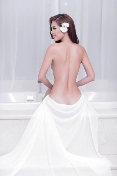 Người mẫu mê chụp nude nói gì khi được bỏ luật cấm? - 4