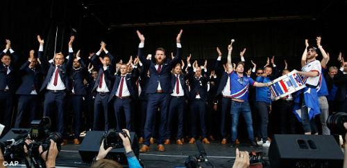 Euro 2016: Iceland được chào đón như nhà vô địch - 2