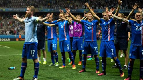 Euro 2016: Iceland được chào đón như nhà vô địch - 1