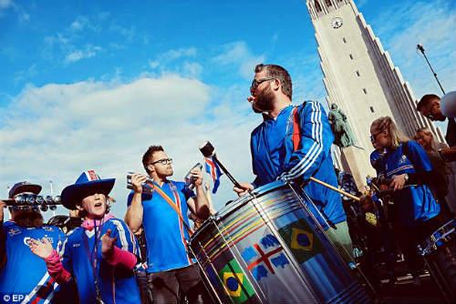 Euro 2016: Iceland được chào đón như nhà vô địch - 5
