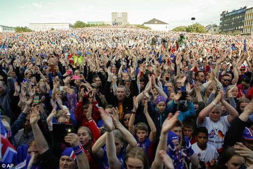 Euro 2016: Iceland được chào đón như nhà vô địch - 8