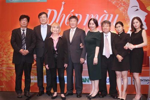Nhiều bất ngờ trong đêm Gala 'Phép màu sắc đẹp' trên VTV3 - 1