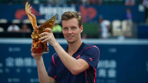 Wimbledon ngày 9: Venus đụng Kerber ở bán kết - 8
