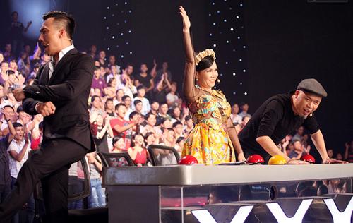 Những lần nghệ sĩ Việt... lạy thí sinh trên truyền hình - 2