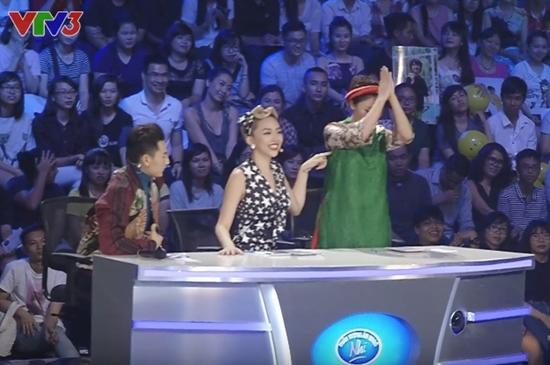 Những lần nghệ sĩ Việt... lạy thí sinh trên truyền hình - 3