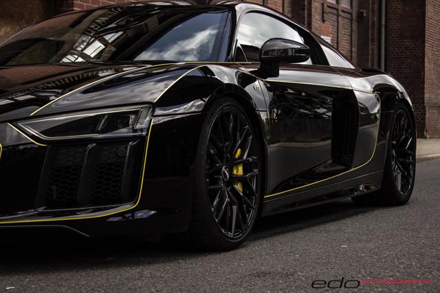 Audi R8 V10 độ có ngoại hình tương tự Lamborghini Centenario - 2