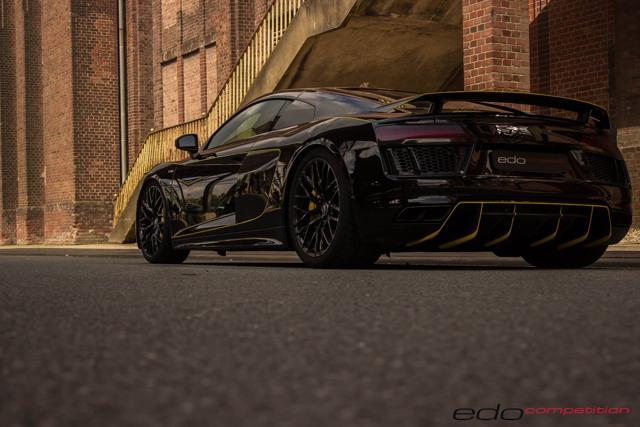 Audi R8 V10 độ có ngoại hình tương tự Lamborghini Centenario - 8