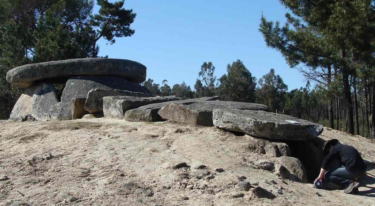 Mộ cổ 6000 năm là kính thiên văn đầu tiên trên thế giới? - 2
