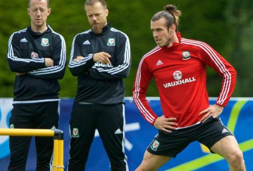 Bán kết EURO: Bale dùng người Real chống lại Ronaldo - 2