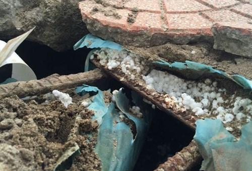 HN: Sở GTVT thông tin vụ bê tông cốt xốp trên cầu vượt - 1