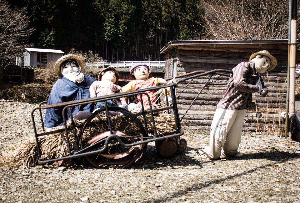 """Nơi búp bê """"sống thay"""" cho người chết ở Nhật Bản - 2"""