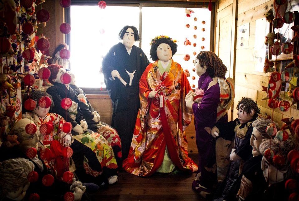 """Nơi búp bê """"sống thay"""" cho người chết ở Nhật Bản - 6"""
