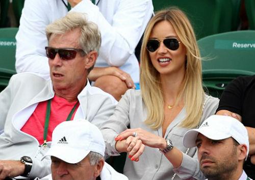 Wimbledon ngày 9: Venus đụng Kerber ở bán kết - 2