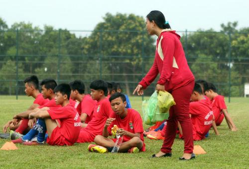 Bình Dương săn tài năng bóng đá trẻ - 4